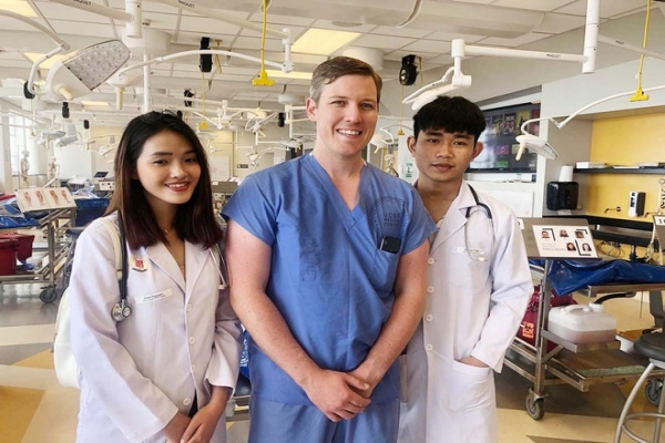 STUDYING MEDICINE IN VIETNAM, THE OPPORTUNITY TO GET A PROFESSIONAL PRACTICE DEGREE IN USA