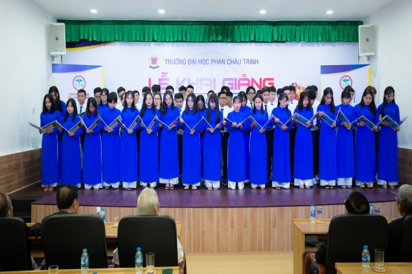 OPENING DATE OF STUDY YEAR 2020 -2021 PHAN CHAU TRINH Medical University